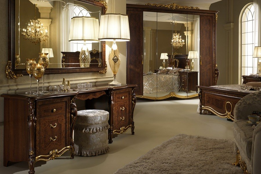 Creating a sophisticated space with Arredoclassic elegant bedroom sets 4