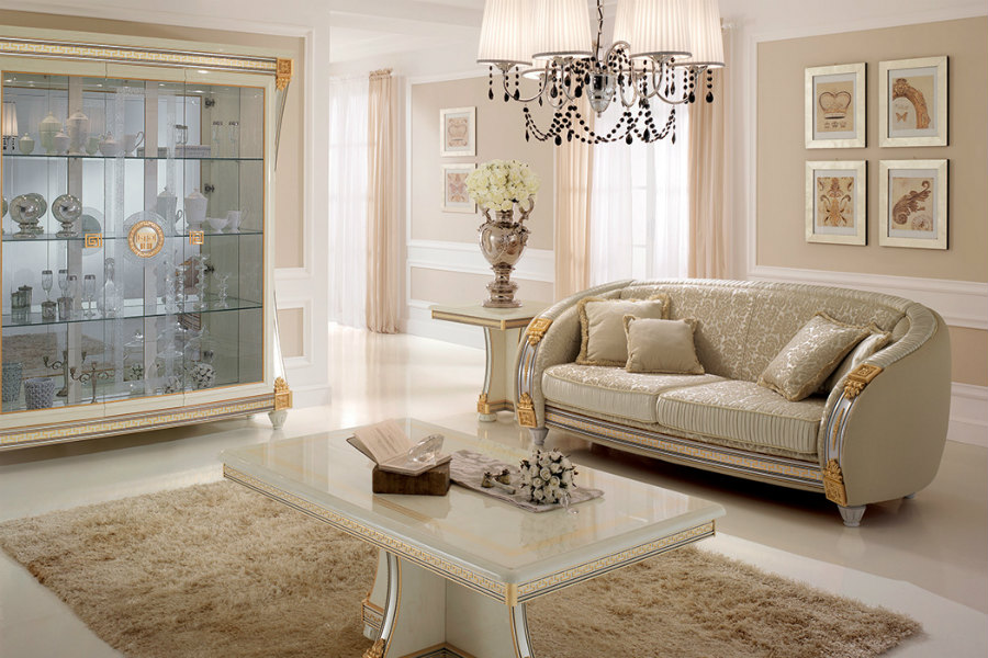 How to decorate a living room with high ceilings 1