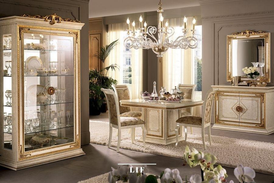 Neoclassic dining table: precius decorative details