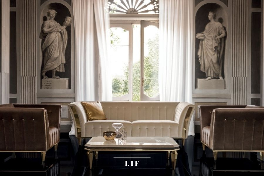 Warm contemporary living room: Sipario Collection