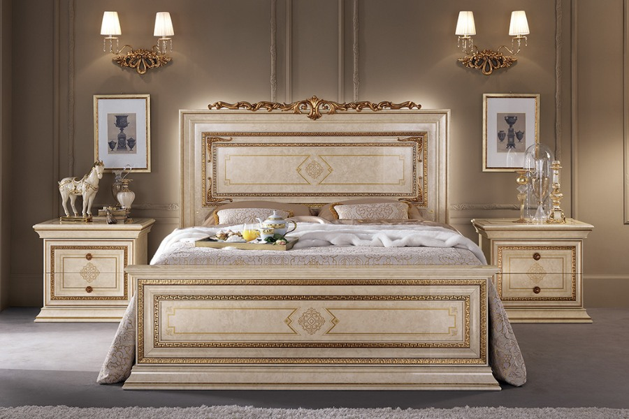 Luxury master bedroom ideas: how to design it with an elegant neoclassical style 3