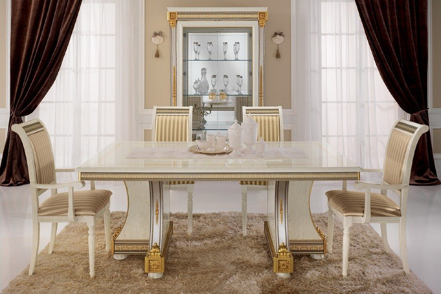 Neoclassical dining table: how to choose the best one for your dining room